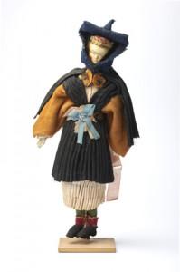 Puppe_1_vorn-halle-soelring-foriining-web
